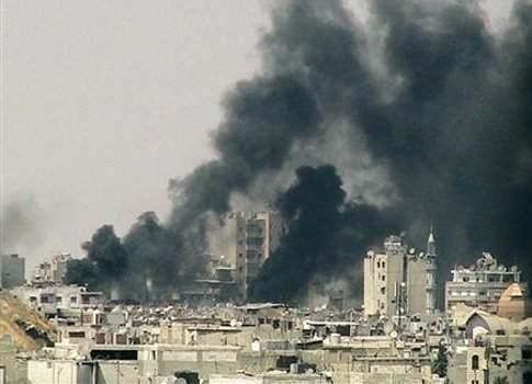 سوريا تدفع بطابور مصفح الى حلب وتقصف مناطق من الجو